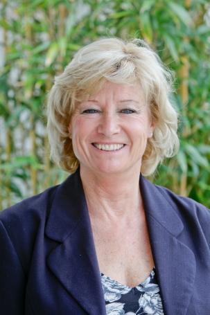 Julie(2)